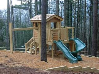 Cute Cedar Lap Cabin Backyard Playground