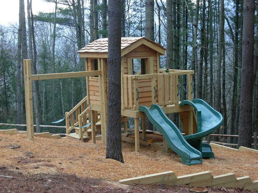 Cute Cedar Lap Cabin Backyard Playground