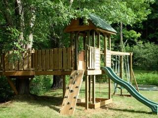 Backyard Play Set with Tree Deck