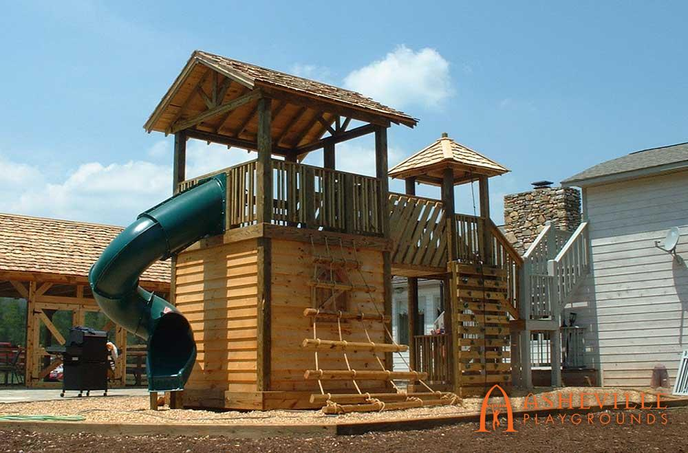Large Cedar Fort Tube Slide Log Climber
