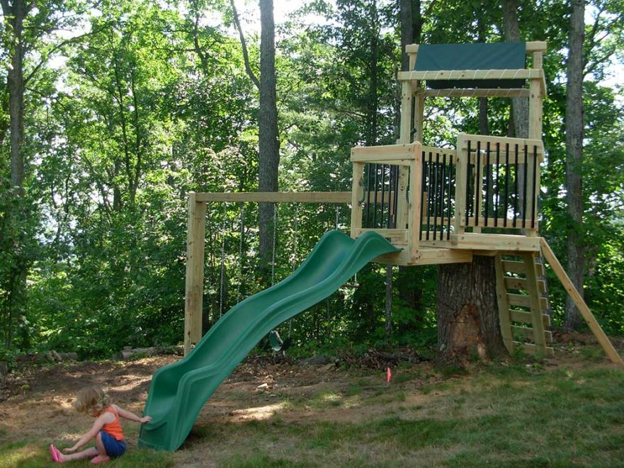 Residential Play Set Using Stump