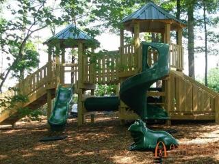 Audobon Apartments Playground