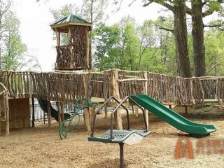 Kevin Loftin Riverfront Park Playground