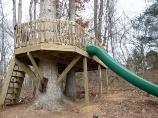 Large Tree Deck with Stairs and Slide