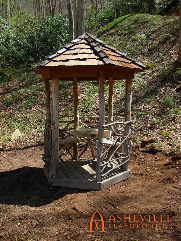 Rustic Little Gazebo for Two
