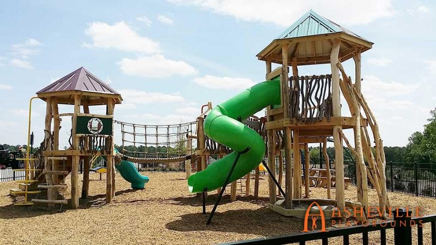Natural Playground Tube Slide Rope Bridge