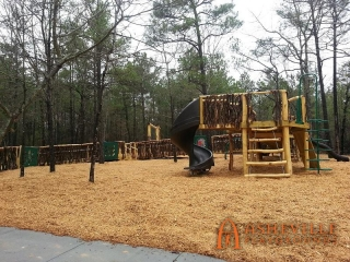 Anderson Creek Parks Playground Broad View